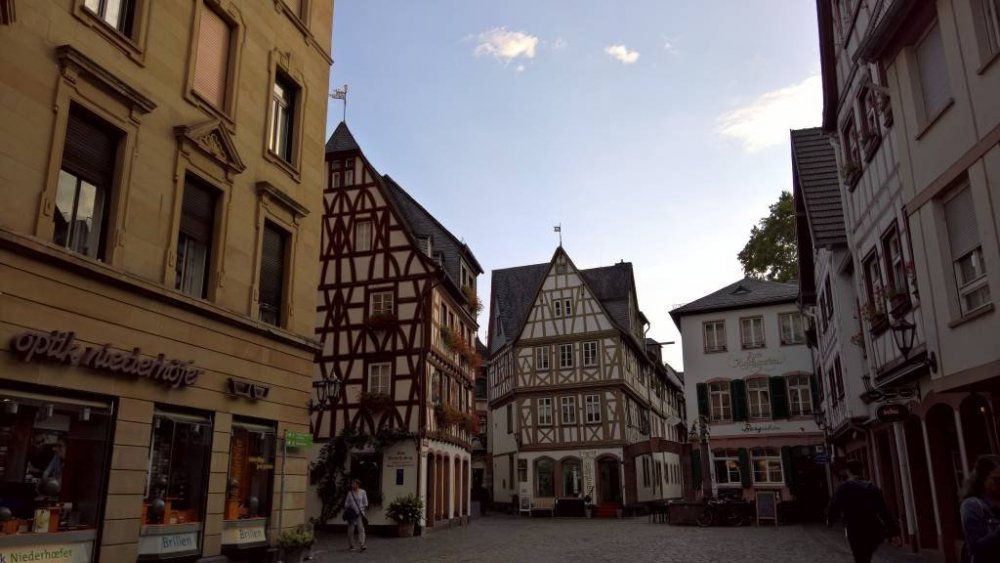 Mainz.thumb.jpg.a506a0b00d6dde6ad161892d565bcc9a.jpg